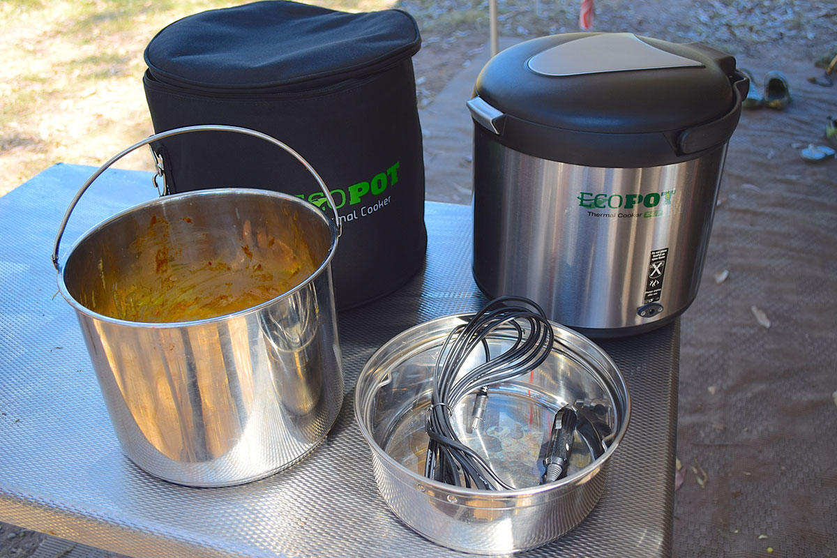 Eco pot thermal cookers on a bench